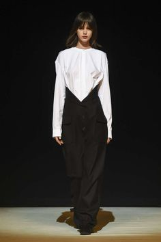 Chalayan, Automne/Hiver 2017, Londres, Womenswear