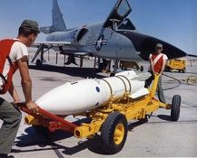 of the FIS, George AFB, CA. An all white Genie rocket (no color bands around the body) indicates it's loaded with a nuke warhead. [via Tony Landis] Ejection Seat, Us Military Aircraft, Delta Wing, F-14 Tomcat, Airplane Fighter, Us Air Force, War Machine, Fighter Jets, Aviation