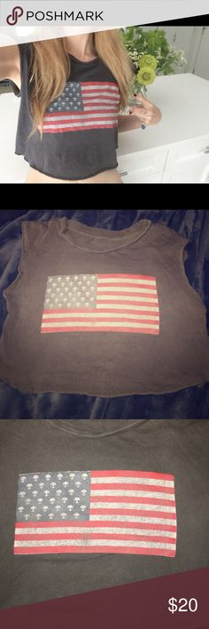 Alien Flag Crop Tank Brandy Melville Preowned without tags - one size fits most, 16 inches in length Brandy Melville Tops Tank Tops