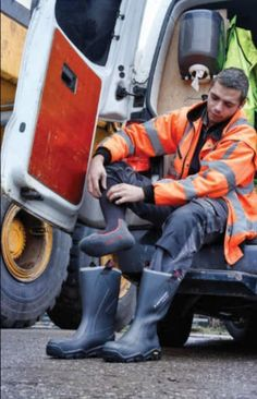 Wellies Boots, Muck Boots, Dickies Coveralls, Workwear Boots, Hi Vis Workwear, Hard Hats, Mens Attire, Construction Worker, Male Form