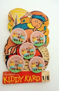 ButtonArtMuseum.com - Vintage Plastic Button Card Paper Children Pig Nursery Rhyme Ephemera Piper Tom