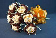 Fererro Rocher sweet gift bouquet crepe by Gittascandyflowers Ferrero Rocher Box, Fererro Rocher, Ferrero Rocher Bouquet, Gift Bouquet, Candy Bouquet, Chocolate Flowers Bouquet, Crepe Paper Flowers, Chocolate Gifts, Bonbon