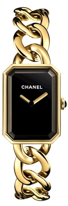 Chanel Première watch with yellow gold case, chain bracelet and clasp, black lacquered dial, onyx cabochon crown and high-precision quartz movement. Water resistant to 30m.