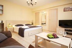 Apartamente Regim Hotelier Bucureşti in Centru Serviced Apartments, Old Town, Bed, Furniture, Home Decor, Bucharest, Elopements, Vacations, Studio