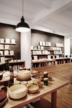 Gestalten | Books and Design, open from mon & wed-fri 12:00 - 19:00, Sophienstraße 21, U Weinmeisterstrasse #shopping #Berlin