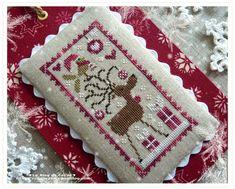 Ma petite déco de Noël - Le Blog de Cécile Cross Stitch Love, Cross Stitch Finishing, Cross Stitch Charts, Cross Stitch Embroidery, Cross Stitch Patterns, Christmas Embroidery, Christmas Cross, Felt Ornaments, Le Point