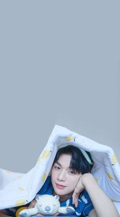 Wanna One Kang Daniel x The Spring Home Wallpaper