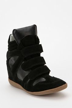 huge selection of 8d5be 09540 Steve Madden Tonal Hidden Wedge High-Top Sneaker