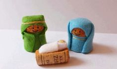 Nativity Crafts for Kids is part of Small Cork crafts - Simple wine cork, felt and elastic band nativity crafts for kids, no glueing, no cost kids craft Wine Craft, Wine Cork Crafts, Wine Cork Ornaments, Kids Crafts, Arts And Crafts, Noel Christmas, Christmas Ornaments, Christmas Nativity Scene, Cork Art