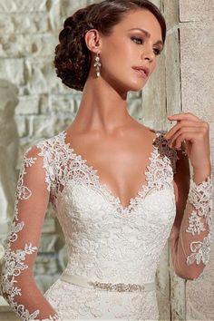 2015 V Neck Sheath/Column Wedding Dresses Court Train Chiffon With Applique USD 219.99 EPPF3KLCR1 - ElleProm.com