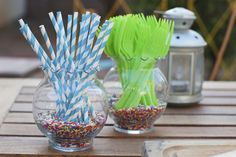 Sprinkles. Utensil holders with sprinkle filling. Seriously, could this be any cuter?!