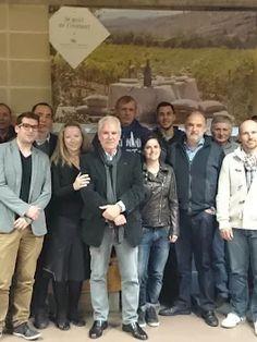 Vendredi soir a eu lieu l'Assemblée Générale de l'AOC #GrignanlesAdhémar. L'occasion pour Henri Bour de recevoir la reconnaissance des vignerons de l'appellation pour les 18 années consacrées à la présidence de l'AOC.