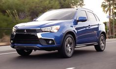 The road can't handle this much beauty. #2016OutlanderSport