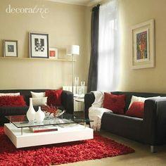 Sala minimalista chocolate-rojo