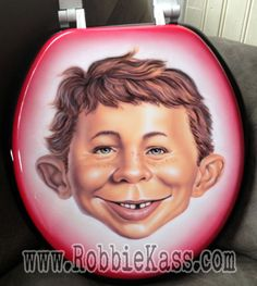 Alfred E. Neuman | 11 Pop Culture Portraits Painted On Toilet Seats