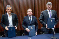 Los ministerios de Ciencia Producción y Agroindustria firman acuerdo sobre bioeconomía   Buscará incentivar la incorporación de valor agregado a nivel local para aumentar la eficiencia económica y la diversificación productiva con resguardo del medioambiente.  El Ministerio de Ciencia Tecnología e Innovación Productiva (MINCYT) firmó junto con las carteras de Agroindustria y de Producción un convenio marco de cooperación y asistencia técnica para promover una economía sostenible capaz de…
