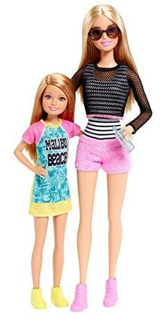 Brand: BarbieColor: Multi ColorFeatures: Barbie loves spending time with her sisters and this two-pack celebrates the bonds they share together! The set is themed around a favorite activity with fashions and accessories to match and include Barbie and one of her sisters for twice the fun Barbie and Stacie dolls are heading to the boardwalk for a day of fun Barbie doll will make waves in a striped tank, pink shorts, mesh top and pink high-top sneakers Stacie doll is adorable in a colorful t-shirt Barbie Dream, Barbie Life, Beautiful Barbie Dolls, Pretty Dolls, Mattel Barbie, Barbies Dolls, Barbie Doll Stuff, Barbie Birthday, Barbie Party