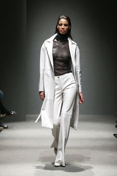 Meltem Özbek - Istanbul Fall 2015 - Look 11 of 21