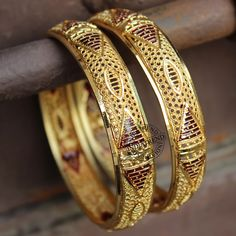 Alima Bangles by Indiatrend. Shop Now at WWW.INDIATRENDSHOP.COM