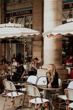 Best Vacation Destinations, Best Vacations, Paris Itinerary 3 Days, Paris Things To Do, Style Parisienne, Paris Travel Guide, Parisian Cafe, Little Paris, Paris At Night