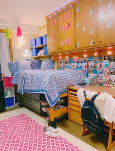Dorm Design, Dorm Room Designs, Boarding School Dorm, Hipster Bedroom Decor, Hipster Rooms, Grunge Room, Cute Room Decor, Farmhouse Master Bedroom, Room Goals