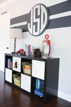 Love this preppy big boy room that is stylish and functional!