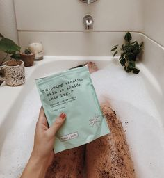 "3,927 Likes, 83 Comments - Tonya Smith (@themoptop) on Instagram: ""When you live in Portland, you gotta make that skin glow somehow! @frank_bod just got a new…"""