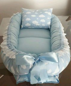 1 million+ Stunning Free Images to Use Anywhere Baby Doll Bed, Baby Nest Bed, Baby Nest Pattern, Baby Crib Sheets, Bebe Baby, Baby Swaddle Blankets, Baby Sewing Projects, Baby Crafts, Baby Quilts
