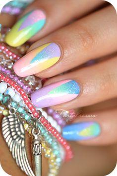 nail art triangle dégradé