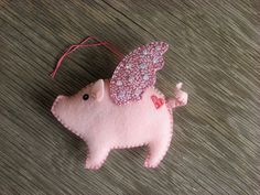 Flying pig. I'll have to make some like this for the Christmas tree