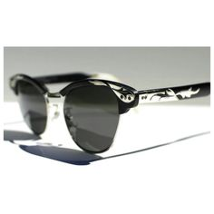 4bd856e9e6 1950s Vintage Cat Eye Sunglasses   Black Aluminum Frames   Silver Leaf and  Vine Motif   50s Rockabilly Cateyes
