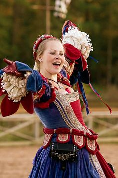 Red white and blue Renaissance Renaissance Fair Costume, Medieval Costume, Renaissance Clothing, Renaissance Fashion, Medieval Dress, Italian Renaissance Dress, Tudor Dress, Tudor Costumes, Period Costumes