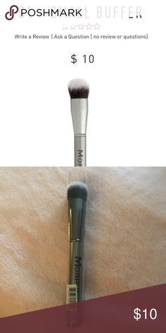 Morphe G1 Morphe G1 small buffing brush. New in package. Bundle & save! Makeup Brushes & Tools