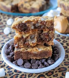 Fluffernutter Chocolate Chip Bars