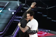 Usher and Adam! #TheVoice