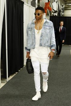 May 10, 2016; San Antonio, TX, USA; Oklahoma City Thunder point guard Russell Westbrook (0) arrives at the arena before game five of the second round of the NBA Playoffs at AT&T Center. Mandatory Credit: Soobum Im-USA TODAY Sports ORG XMIT: USATSI-268808 ORIG FILE ID: 20160510_ajw_ai1_001.jpg