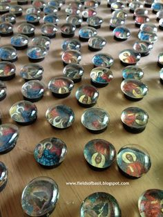 Fields of Basil: Icon Button Magnets, easy to make for a large group and with the littles Scripture Crafts, Prayer Crafts, Faith Crafts, Sunday School Activities, Sunday School Crafts, Holy Friday, Fundraising Crafts, Church Crafts, Catholic Crafts