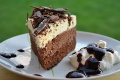 Lucy loves to bake: Čokoládová torta trojfarebná alebo triple chocolate mousse cake