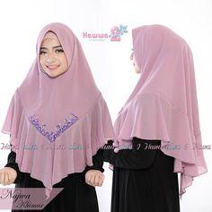 Khimar Najwa by Hawwa Aiwa Kerudung Swarovsky Ceruty Babydoll Velvet Dress Designs, Model Kebaya, Hijab Wear, Hijab Trends, Hair Cover, Muslim Dress, Hijab Tutorial, Girl Hijab, Islamic Clothing
