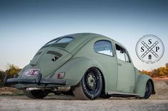 One Stop Classic Car News & Tips – Worldwide classic cars. Vw Vintage, Vintage Porsche, Custom Vw Bug, Custom Cars, Hot Vw, Vw Cars, Unique Cars, Vw Camper, Volkswagen Bus