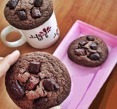 Çikolatalı bu Cookiesten yapıp deneyebilirsiniz.