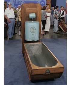 Collapsible bathtub. This could go in a cabinet in my roulotte.