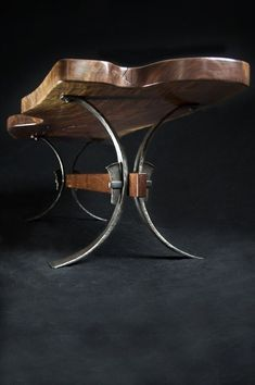 Looking to begin metal working? Avoid these mistakes that novices often make in metal working. These metal working ideas are for starting or even pro DIYers. Read information on metal working. Iron Furniture, Steel Furniture, Unique Furniture, Industrial Furniture, Rustic Furniture, Industrial Design, Wood Steel, Wood And Metal, Metal Art