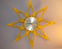 Vintage Syroco Sunburst Wall Clock in Rare Yellow Sunburst Clock, Vintage Marketplace, Brass Color, Yellow, Orange, Cool Stuff, Vintage Clocks, Metal, Modern