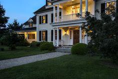 New York horse country farmhouse. Crisp Architects, Millbrook. Rob Karosis photo.