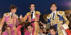 Hablamos de actuaciones de Juan José Padilla y de las escuelas, así como de la peña de Conil y de una polémica en El Puerto