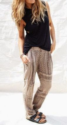 black tank + blush printed wide pants / #fashion #outfits #spring #summer