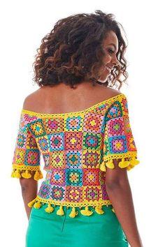 Fabulous Crochet a Little Black Crochet Dress Ideas. Georgeous Crochet a Little Black Crochet Dress Ideas. Crochet Squares, Crochet Granny, Filet Crochet, Knit Crochet, Granny Squares, Crochet Tops, Black Crochet Dress, Crochet Blouse, Pull Torsadé