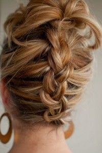 Easy, Simple, And Amazing Updos Idea 047