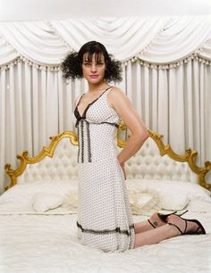 """Photoshoot 2 ~ She appeared as a waitress at Cafe Nervosa in Frasier during season 4 (in the episode """"Three Dates and a Break Up""""), and later guest starred in season one of Hot Actresses, Beautiful Actresses, Pauley Perrette Ncis, Pauley Perette, Hollywood Knights, Ncis Abby, Wallpaper Collection, Erin Gray, Kelly Lebrock"""